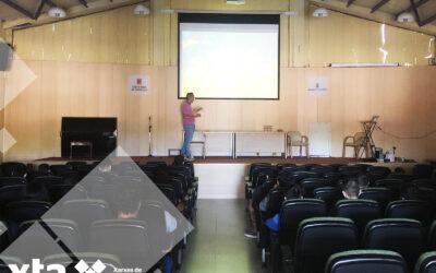 XTA amb els i les alumnes de l'Institut Camí de Mar de Calafell.